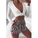 Unique Girls' Plain Long Sleeve Deep V-Neck Twist Front Slim Fit Crop T-Shirt for Club