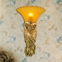 1 Head Resin Wall Sconce Rustic Style Gold/Light Gold Peacock Dining Room Wall Light with Amber Glass Bell Shade