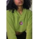 Stylish Cartoon Flower Embroidery Long Sleeve Drawstring Hem Green Crop Hoodie