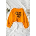 Trendy Long Sleeve Crew Neck Letter VIVELE FOOTBALL LIBRE Relaxed Crop Pullover Sweatshirt for Girls