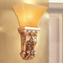 1 Bulb Bell Wall Lamp Vintage Style Gold Resin and Amber Glass Wall Mount Lighting for Corridor
