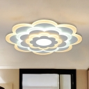 Acrylic Flower Ceiling Lamp Modernism White 15