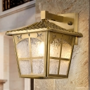 1 Bulb Armed Wall Sconce Traditional Gold Metal Wall Light Fixture for Porch