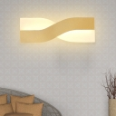 Gold Twisted Wall Mount Lamp Metal and Acrylic Led Modern Wall Light for Living Room