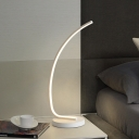White Curvy Task Lighting Contemporary LED Acrylic Small Desk Lamp in White/Warm Light