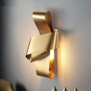 Curved Sconce Light Minimalist Metal 1 Bulb Wall Lighting Fixture in Gold for Living Room
