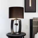 Straight Sided Shade Desk Light Modernist Fabric 1 Head Night Table Lamp in Black