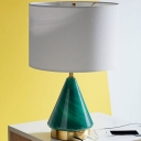 Straight Sided Shade Table Light Contemporary Fabric 1 Head Small Desk Lamp in Green