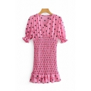 Fancy Ladies Short Sleeve V-Neck Polka Dot Patterned Ruffled Trim Long Pleated Dress in Pink