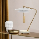 Metal Wide Flare Table Light Modern 1 Head Small Desk Lamp in White with Curvy Arm