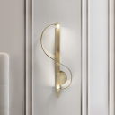 S-Shape Corner Sconce Lighting Fixture Metal LED Contemporary Wall-Mounted Lamp in Gold