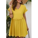 Casual Lovely Ladies Yellow Short Sleeve V-Neck Stringy Selvedge Short Pleated Swing Dress