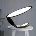 LED Circular Table Light Contemporary Metal Small Desk Lamp in Black for Living Room