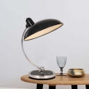 1 Head Saucer Nightstand Lamp Modernist Metal Task Lighting in Black with Curved Arm