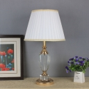 1 Head Living Room Desk Light Modern White Reading Lamp with Barrel Fabric Shade