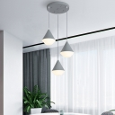 Acrylic Stout LED Cluster Pendant Light Contemporary 3 Heads Hanging Lamp with Round Canopy in White/Grey