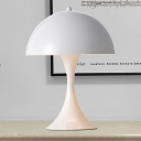 1-Head Living Room Reading Light Nordic Style Black/White Night Table Lighting with Mushroom Iron Shade