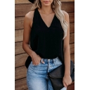 Leisure Ladies Sleeveless V-Neck Solid Color Relaxed Fit Tank Top