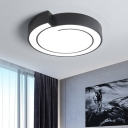 Modern Nordic LED Flush Lighting White/Black Circle Ceiling Flush Mount with Metal Shade in Warm/White Light, 18