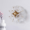 Starburst Design Blossom Wall Light Modern Stylish Clear Glass 4-Light Living Room Sconce in Gold