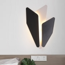Black Finish Splicing Sconce Lamp Modernist LED Iron Wall Light Fixture in Warm/White Light for Bedside