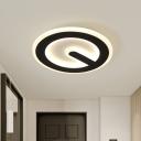 Circular Hallway Flush Mount Lighting Acrylic LED Minimalist Flush Lamp Fixture in Black, White/Warm Light
