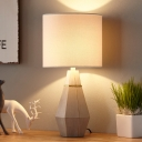 1 Bulb Barrel Table Lamp Country Style White Fabric Night Light with Prismatic Vase Base