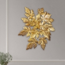 Foliage Flush Mount Wall Light Postmodern Aluminum 1 Bulb Parlor Sconce Lamp in Gold