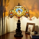 1-Light Night Table Lamp Tiffany Scalloped Stained Art Glass Petal Patterned Nightstand Light in Bronze