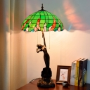 Resin Naked Woman Nightstand Lamp Tiffany 3 Bulbs Coffee Pull Chain Table Lighting with Bowl Stained Glass Shade