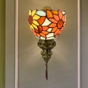 Brass 1-Head Wall Sconce Lighting Tiffany Hand-Crafted Glass Sunflower Wall Mounted Light Fixture