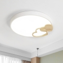 Nordic Circle Ceiling Mounted Lamp Metallic LED Bedroom Flush Lighting in Green/White/Grey with Wooden Loving Heart Decor