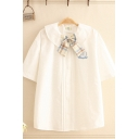 Pretty Girls Cartoon Bear Embroidered Short Sleeve Peter Pan Collar Button up Pleated Plaid Bow Tied Loose Shirt in White