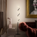 Black/White Finish Spiral Floor Lighting Minimalism LED Acrylic Standing Floor Lamp for Living Room