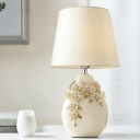Beige Wine Can Nightstand Light Traditional Ceramics Single Study Room Table Lamp with Flower Decor, 18