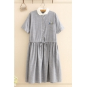 Stylish Womens Linen Pocket Cartoon Embroidered Short Sleeve Contrasted Turn down Collar Button up Drawstring Waist Mid Pleated Swing Shirt Dress in Gray