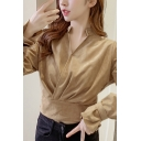 Stylish Pleuche Solid Color Bell Long Sleeve Surplice Neck Slim Fit Cropped Blouse Top for Ladies