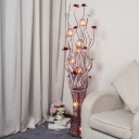 LED Flower Standing Floor Lamp Decorative Red Metallic Wire Vase Floor Lamp for Parlour