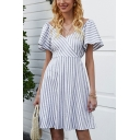 Popular Womens Stripe Printed Short Sleeve Surplice Neck Bow Tied Cut out Back Short Pleated A-line Dress in Gray