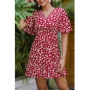 Fancy Womens All over Daisy Floral Printed Ruffle Detail Gathered Waist Surplice Neck Short Sleeve Mini A-Line Dress in Red