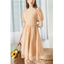 Glamorous Ladies Checkered Printed Puff Sleeve Round Neck Mid Pleated A-line Dress in Khaki