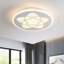 Circle Flush Mount Lighting Modernist Acrylic LED Bedroom Ceiling Lamp with Moon/Star/Deer Design in White