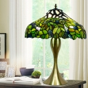 Green Hand Cut Glass Night Table Lamp Bowl 1-Light Tiffany Style Pull Chain Table Lighting with Leaf Pattern