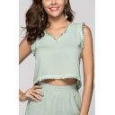 Stylish Womens Tassel Embellished V Neck Sleeveless Regular Fitted Crop Tee Top in Green