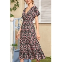 Womens Glamorous Ditsy Floral Printed Short Sleeve V-neck Ruffled Mid A-line Dress in Purple