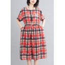 Fashionable Womens Plaid Printed Linen and Cotton Short Sleeve Round Neck Drawstring Mid A-line Dress in Red