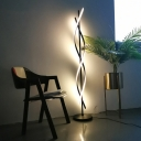 Black/White Spiral Floor Standing Light Minimalist Metal LED Floor Lamp in Warm/White Light for Living Room