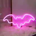 White Bat Shaped Night Light Kids Plastic USB Plug-in LED Wall Lamp in Pink/Red Light