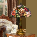 Stained Art Glass Dome Night Lamp Tiffany 1 Head Antiqued Brass Table Light with Grape and Flower Pattern