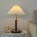 1 Bulb Pleated Fabric Table Light Nordic White Conical Bedside Night Lamp with Pull Chain and Wooden Base